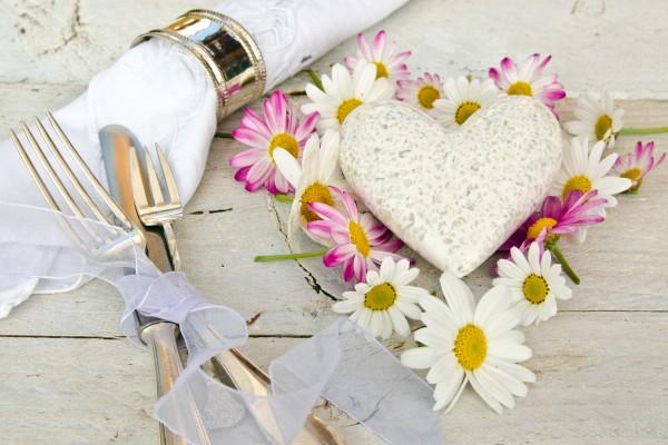 Romantisches Gedeck fr Verliebte
